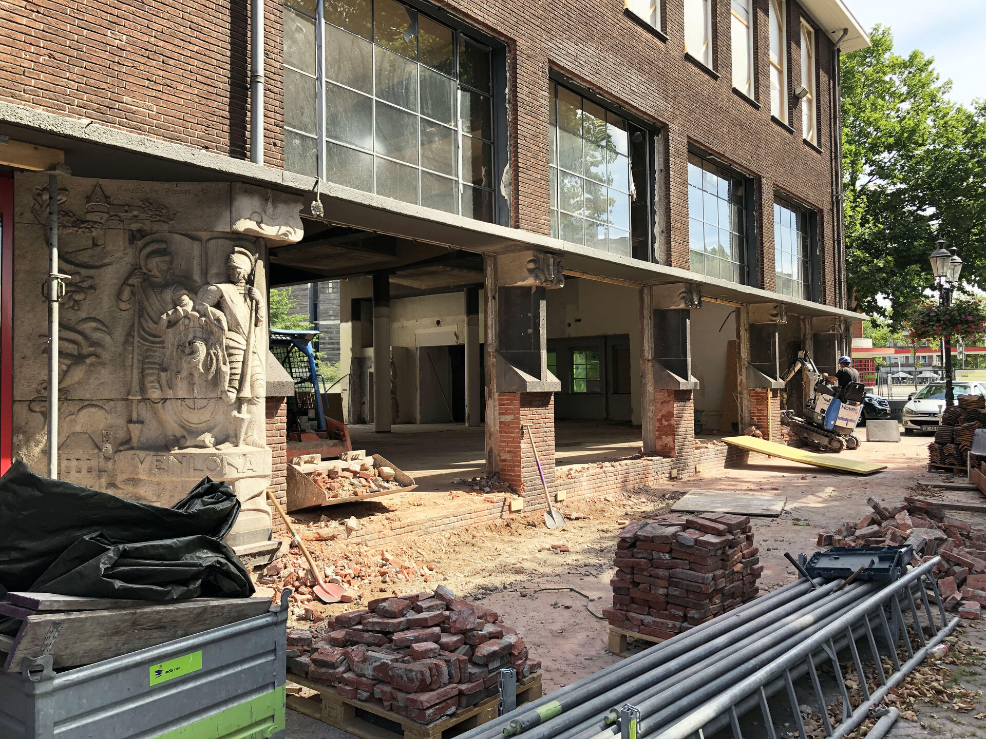 Construction phase of Museum van Bommel van Dam started!