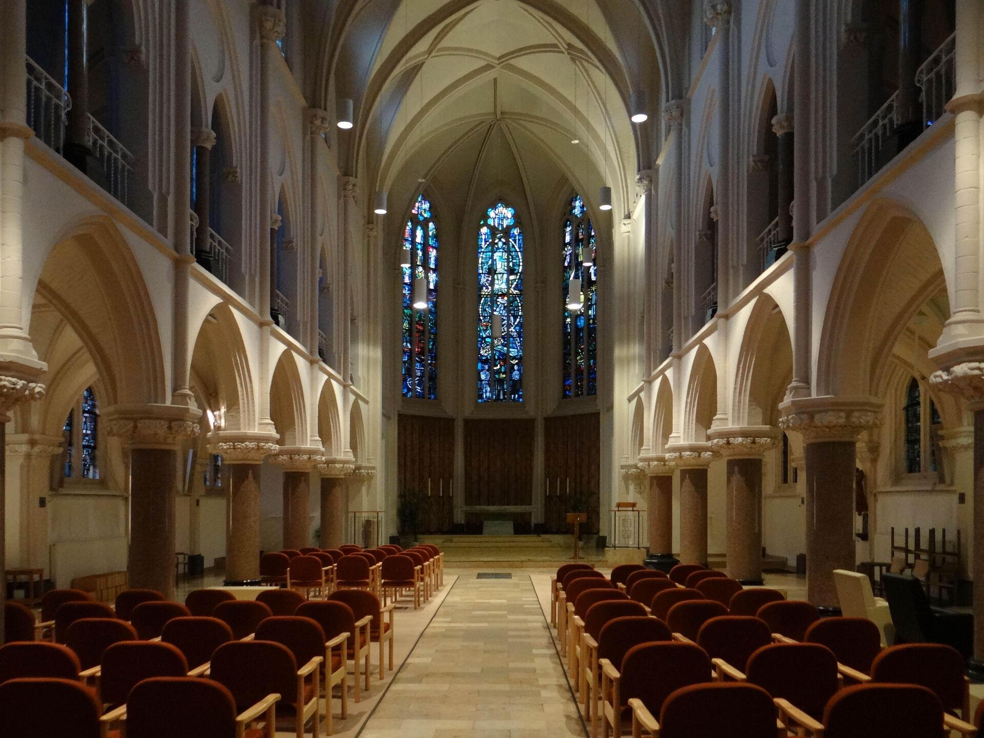 Kloosterkapel voor-na
